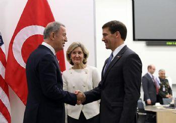 Savunma Bakanı Akar, ABD'li mevkidaşı Esper ile görüştü