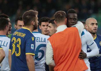 lan Balotelli: Kendinizden utanın