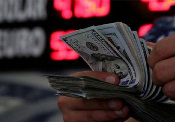 Dolar 5.73 liradan güne başladı