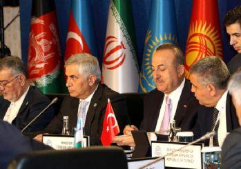 Çavuşoğlu: Suriye'deki zenginlikler üzerinde kimsenin hakkı yoktur