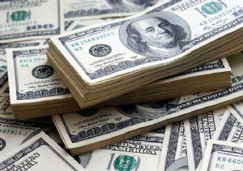 Dolar yeni haftaya 5.70'in üzerinde başladı