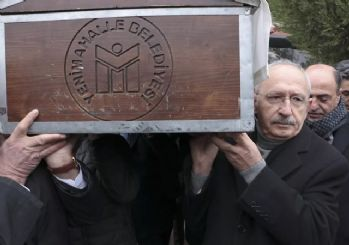 İnce, Kılıçdaroğlu'nu cenaze töreninde yalnız bırakmadı