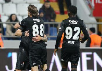 Umut 90+5'te Beşiktaş'a hayat verdi! 3-2