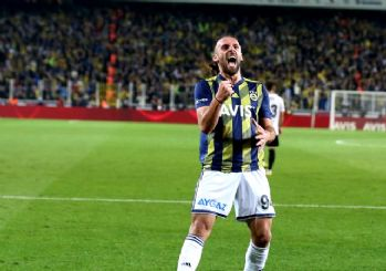Fener derbide Beşiktaş'ı dağıttı!