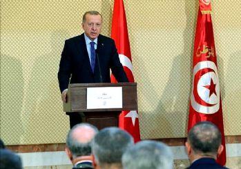 Erdoğan'dan Arap gazeteciye ayar: Türk askeri izinsiz girmez!