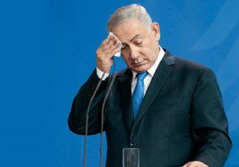 Netanyahu bakanlık koltuklarını bıraktı