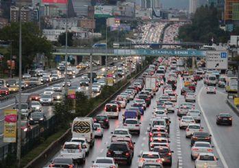 İstanbul'da sağanak! Trafik yoğunluğu yüzde 70'i aştı