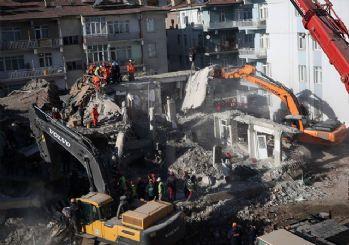 Elazığ depreminden son görüntüler