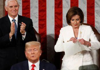 Temsilciler Meclisi Başkanı, Trump'ın konuşmasını yırttı