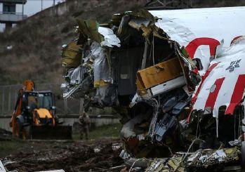 Uçak kazasında pilotlar o anonslara yanıt verememiş