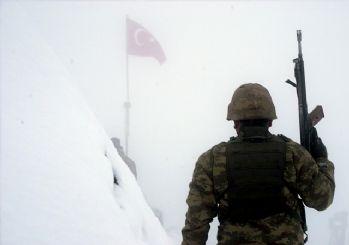MSB'den bayrak paylaşımı: Vatan aşkı ısıtır içimizi!