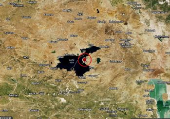 AFAD: Van'da 4,1 ve 3,7 büyüklüğünde peş peşe deprem oldu