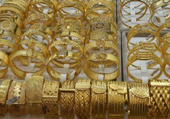 Koronavirüs altını rekora taşıdı