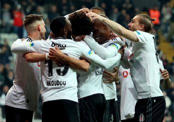 Beşiktaş derbi öncesi rahat kazandı! 2-1