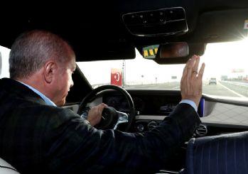 Yeni otoyolda ilk sürüşü Erdoğan yaptı! Radyodan Rize - Alanya maçını takip etti