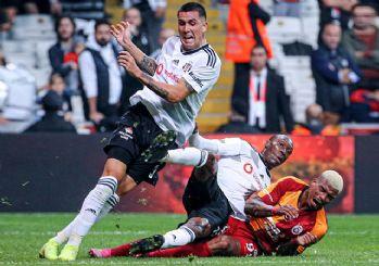 Türkiye'deki tüm maçlar seyircisiz oynanacak!