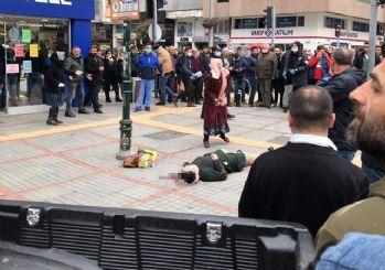 Eski eşini sokak ortasında başından vurdu