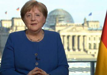 Merkel'in 3. koronavirüs testi de negatif çıktı
