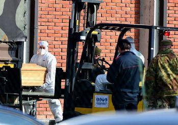 İtalya'da hayatını kaybedenlerin sayısı 13 bini aştı