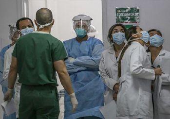 Sağlık kuruluşlarına girişlerde maske zorunluluğu getirildi