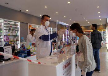 İstanbul'da eczanelerden bedava maske dağıtılacak