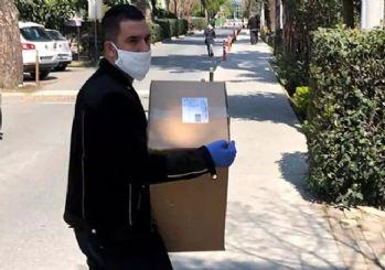 Arda Turan 100 bin maske bağışladı