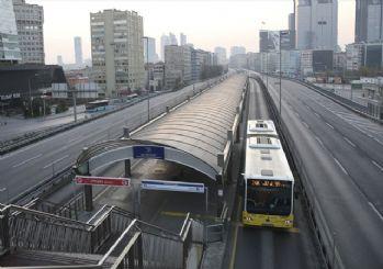 Sokağa çıkma yasağının ilk günü: İstanbul'da yollar boş kaldı