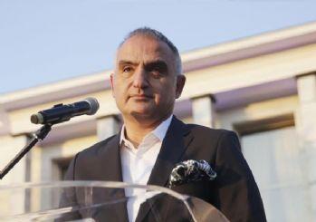Bakan Ersoy: Otellerde sağlık çalışanı kalıyorsa başka müşteri olmamalı