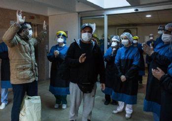 İstanbul'da koronayı yenen 2 hasta taburcu edildi