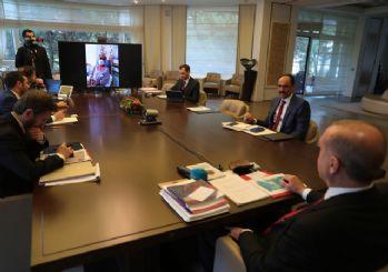 Erdoğan Cerrahpaşa'da tedavi olan korona hastalarıyla görüştü