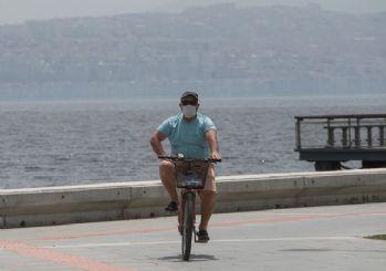 İzmir'de maske takma zorunluluğu getirildi