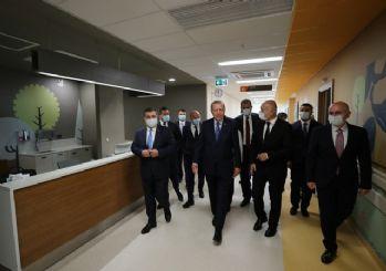 Erdoğan: Başakşehir Çam ve Sakura Hastanesi şimdiden dünyanın sayılı hastaneleri arasına girmiştir