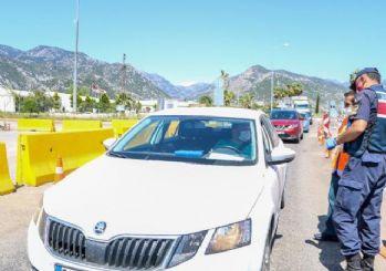 Antalya girişinde araç yoğunluğu