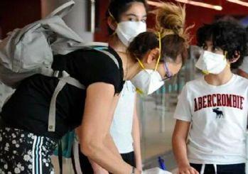 Toronto'daki 301 Türk vatandaşı tahliye uçağıyla İstanbul'a getirildi