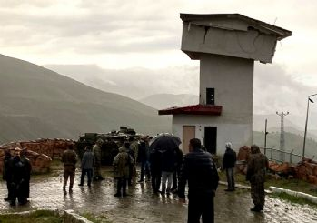 Bingöl'de askeri nöbet kulesi yıkıldı: 1 şehit 2 yaralı