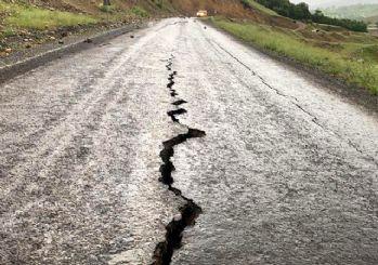 Deprem sonrası Bingöl'den ilk fotoğraflar