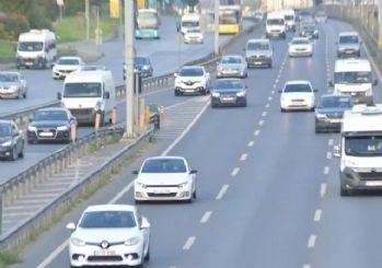 İstanbul yeni haftaya yoğun trafik ile başladı