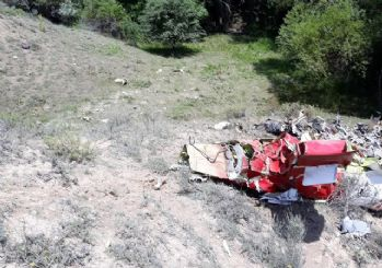 Ankara'da eğitim uçağı düştü