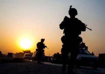 ABD Afganistan'daki askerlerini yarıya indiriyor
