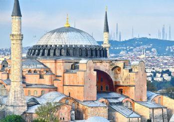 Ayasofya cami oldu ve ibadete açıldı: Danıştay, camiden müzeye dönüştürülmesini iptal etti