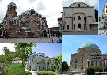 18 ülkede 329 eseri kiliseye çevirdiler