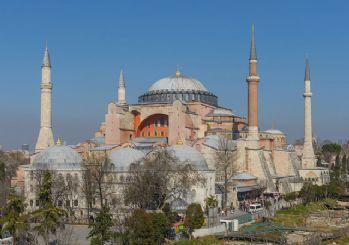 Ayasofya için görevlendirme: 3 imam ve 5 müezzin atandı