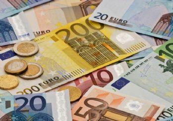 Euro, 8 TL barajını aştı