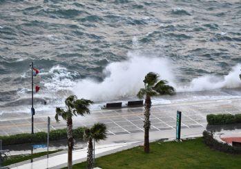 Meteoroloji: Batıda fırtına, doğuda yağmur bekleniyor