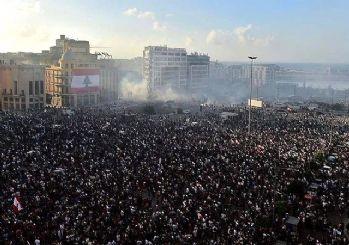 Beyrut'taki gösterilerin bilançosu: 1 polis öldü, 238 kişi yaralandı