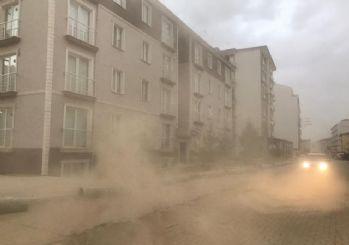 Meteoroloji'den Kırıkkale için kuvvetli rüzgar ve toz fırtınası uyarısı