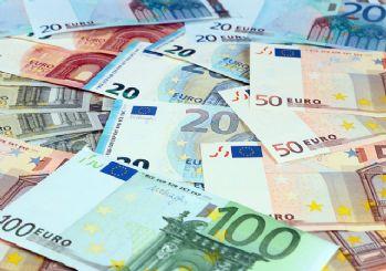 Euro/TL 9 lira seviyesine dayandı