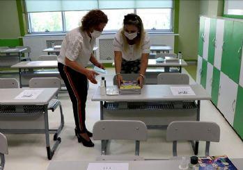 Okullar açılıyor veliler dikkat! İşte madde madde okullarda alınan tedbirler