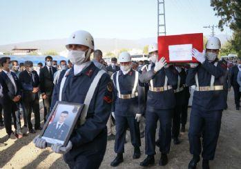Şehit Jandarma Uzman Çavuş Hüseyin Yırtıcı son yolcuğuna uğurlandı