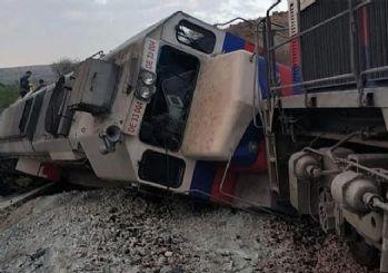 Ankara'da iki yük treni kafa kafaya çarpıştı: 2 makinist hayatını kaybetti